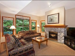 Private Outdoor Hot Tub - Gas Fireplace (4009) - Whistler vacation rentals