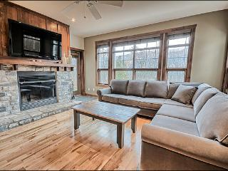 Common Area All Year Hot Tub - Perfect for a Romantic Get Away or Family Retreat (6169) - Mont Tremblant vacation rentals