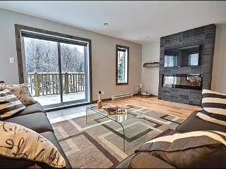 Modern Unit with Lovely Mountain Views - Convenient Location & Fantastic Features (6241) - Mont Tremblant vacation rentals
