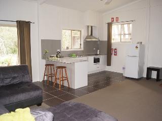 Bright Killarney Condo rental with Garage - Killarney vacation rentals