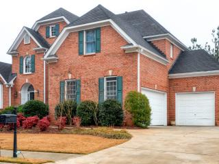 New Listing! Massive 4BR Dacula House w/Wifi, Large Private Deck & Gorgeous Golf Course Views - Less that a Mile from Many Excellent Dining, Shopping & Entertainment Options! - Dacula vacation rentals
