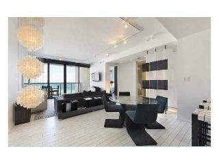 W South Beach 1 Bdrm Ocean View full kitchen & Den - Miami Beach vacation rentals