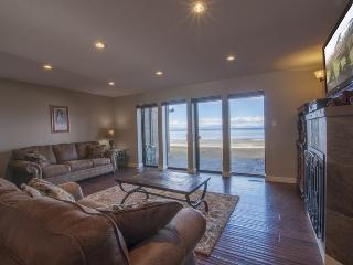 Luxury lake front condo in South Lake Tahoe with great views! - South Lake Tahoe vacation rentals