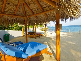 Huatulco Paradise with Direct Beach Access - Huatulco vacation rentals