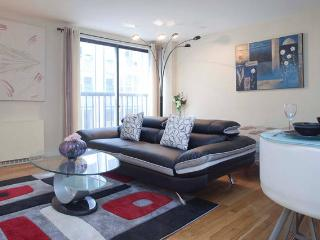 Beautiful Triplex 1BR/1BA Park Avenue Sleep 5/6 - New York City vacation rentals