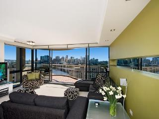 Two Bedroom Unit on the 7TH Floor with Pool & Gym - Brisbane vacation rentals