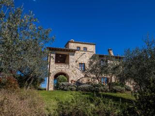Independent house in Collazzone, Umbrian countryside, Umbria, Italy - Collazzone vacation rentals