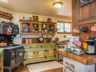 Victorian Farmhouse With Western Memorabilia - Arroyo Grande vacation rentals