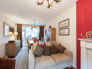 103/2 Canongate - Edinburgh vacation rentals