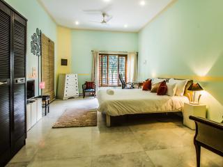 Anara Homes & Villas- Sanik Farm- New Delhi- 1 BHK - New Delhi vacation rentals