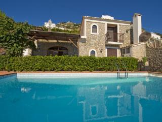 Bright 2 bedroom Conca dei Marini Villa with Internet Access - Conca dei Marini vacation rentals