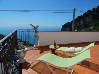 Nice 2 bedroom Pogerola Condo with Internet Access - Pogerola vacation rentals