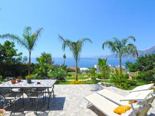 Bright House with Internet Access and A/C - Praiano vacation rentals