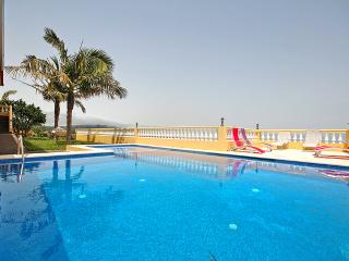 Lovely Villa with Washing Machine and Television - Gaula vacation rentals