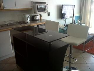 Luxury 1 bed V&A Waterfront Granger Apartments - Bantry Bay vacation rentals