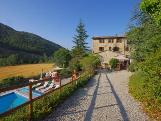 Lovely 1 bedroom Pierantonio Condo with Internet Access - Pierantonio vacation rentals