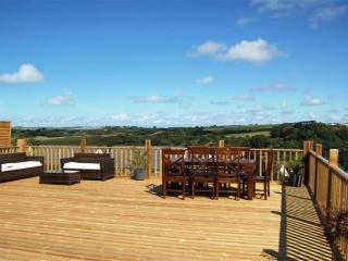 Bideford Holiday Rental Slade with large six person hot tub on private road - Bideford vacation rentals