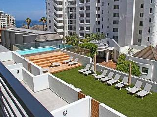 Brand new - contemporary and modern - Cape Town vacation rentals