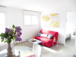 Gîte situé entre Dinard, Dinan et Saint-Malo - Plouer sur Rance vacation rentals