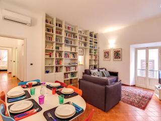 Your 3 Bedroom Piazza Navona Apartment - Rome vacation rentals