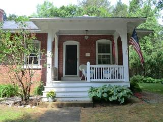 1 bedroom House with Porch in Peaks Island - Peaks Island vacation rentals