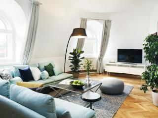 Gorgeous Condo with Internet Access and Satellite Or Cable TV - Prague vacation rentals
