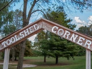 Toolshed Corner House and Cabin - Makanda vacation rentals
