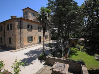 Beautiful Resort with Deck and Internet Access - Orvieto vacation rentals