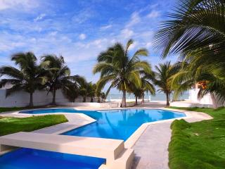 Casa Walter's - Progreso vacation rentals