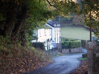 River Cottage in peaceful  valley in North Wales - Colwyn Bay vacation rentals