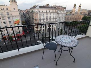 ABT Apartments Karoly Studio - Budapest vacation rentals