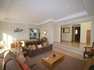 Only 28th Aug - 6th Sep left for summer holidays! - Ferragudo vacation rentals