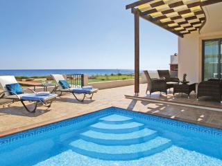 Spacious 4 bedroom Villa in Liopetri with Garden - Liopetri vacation rentals