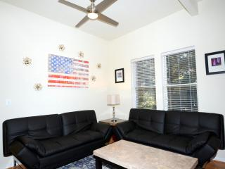 Perfect Condo with Television and Microwave - Washington DC vacation rentals