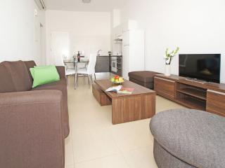Wonderful 1 bedroom Condo in Protaras - Protaras vacation rentals