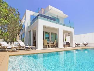 Perfect 2 bedroom Villa in Protaras - Protaras vacation rentals