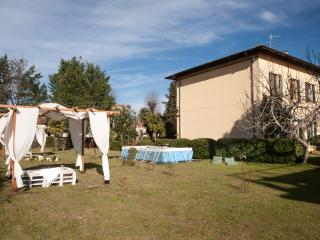 "Appartamento in Villa 1 Piano "" Butterfly "" - Torre del Lago Puccini vacation rentals"