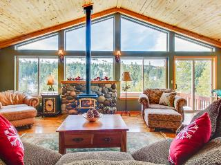 Elegant mountain retreat w/ shared hot tub, pool & resort amenities, near beach! - Truckee vacation rentals