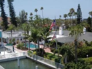 Waterfront Dock Pool Capt's & Boat House Sleeps 10 - Saint Pete Beach vacation rentals