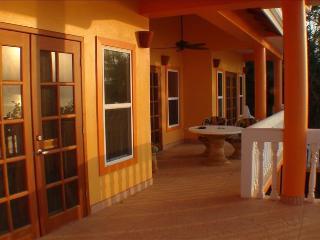 2 bedroom Villa with Deck in Placencia - Placencia vacation rentals