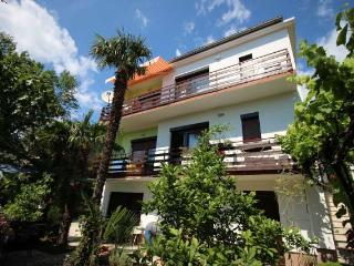 Lovely 2 bedroom Selce House with Internet Access - Selce vacation rentals
