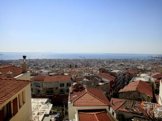 Nice Condo with Internet Access and A/C - Thessaloniki vacation rentals