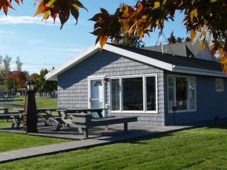 2 bedroom House with Deck in Olcott - Olcott vacation rentals