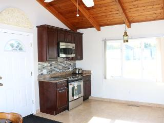 2 bedroom House with Washing Machine in Olcott - Olcott vacation rentals