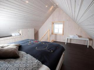 Bright 1 bedroom House in Dalvík with Internet Access - Dalvík vacation rentals