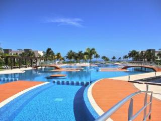 Mareazul condo breeze - Playa del Carmen vacation rentals