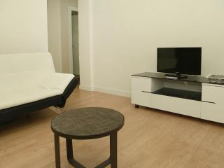 Apartamento Parque de El Retiro BºA - Madrid vacation rentals