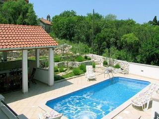 Holiday Home with Pool in Gruda, Dubrovnik Riviera - Gruda vacation rentals