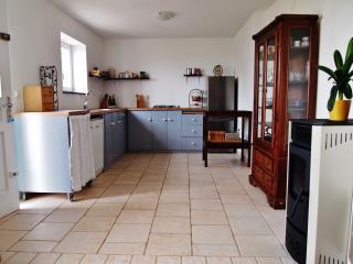 Beautiful 3 bedroom Vela Luka House with Outdoor Dining Area - Vela Luka vacation rentals