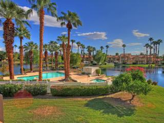 2 bedroom Apartment with Internet Access in La Quinta - La Quinta vacation rentals